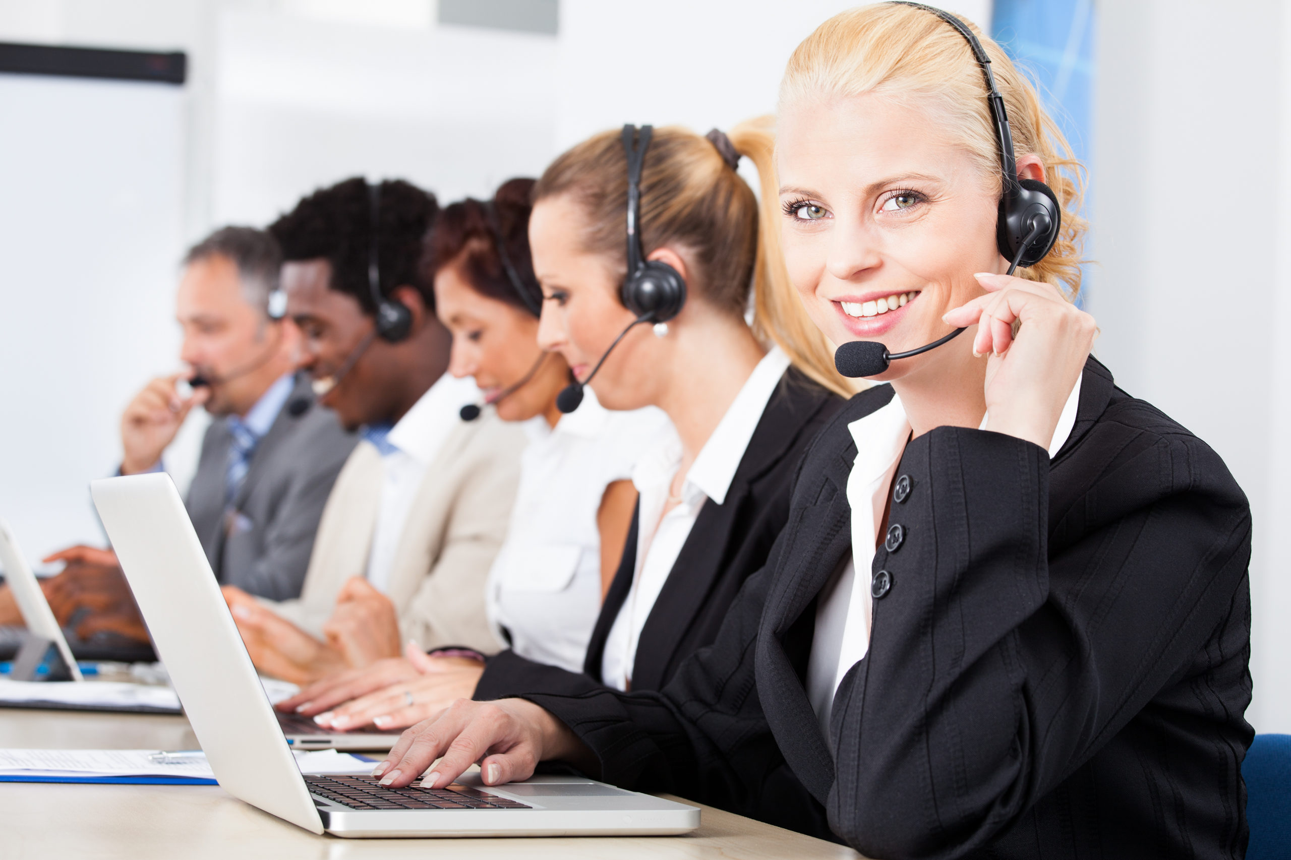 $36000 CUSTOMER SUPPORT EXPENSE – Monthly